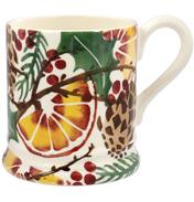 Holly Wreath ½ Pint Mug