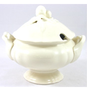 Christmas Decorated Sauce Boat